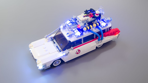 Lego Ghostbusters Ecto-1 Light Mod 17   by M600