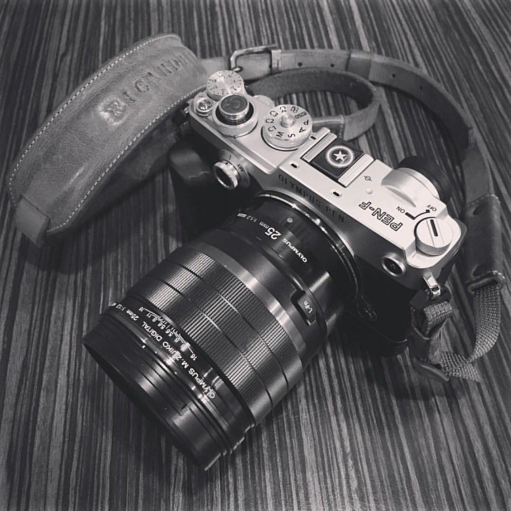 Olympus PEN-F / 25mm f1 2 PRO #每日穿搭 #PENF #olympus #m43