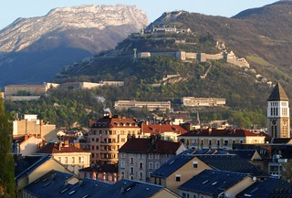 Grenoble | by demiante