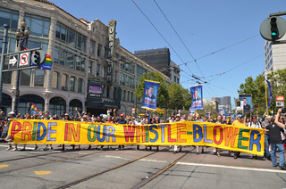 2013/06/30 Free Bradley Manning at SF Pride Parade | by Daniel Arauz