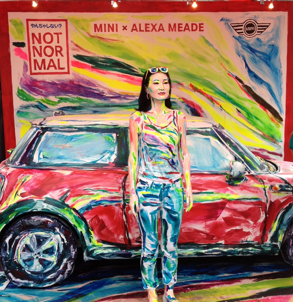 Amazing Live Painting Show, by Alexa Meade