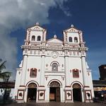 Mo, 27.04.15 - 16:36 - Kirche von Guatapé