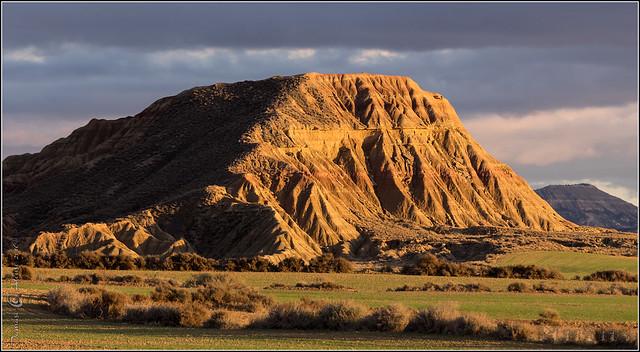 Uluru (AUS) Bardenas Reales