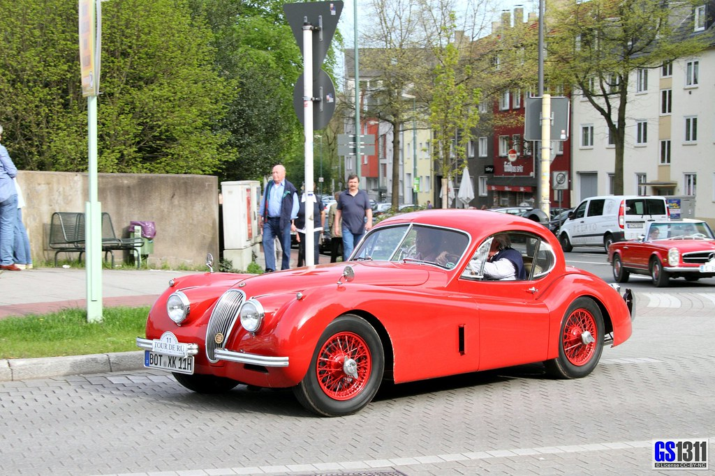 1948 Jaguar XK 120   The XK120 was launched in roadster ...