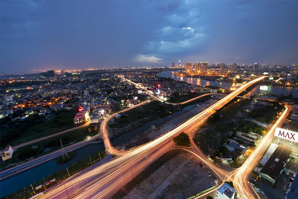 Các yêu tố thúc đẩy tăng trưởng bất động sản tại Tp.HCM là gì?