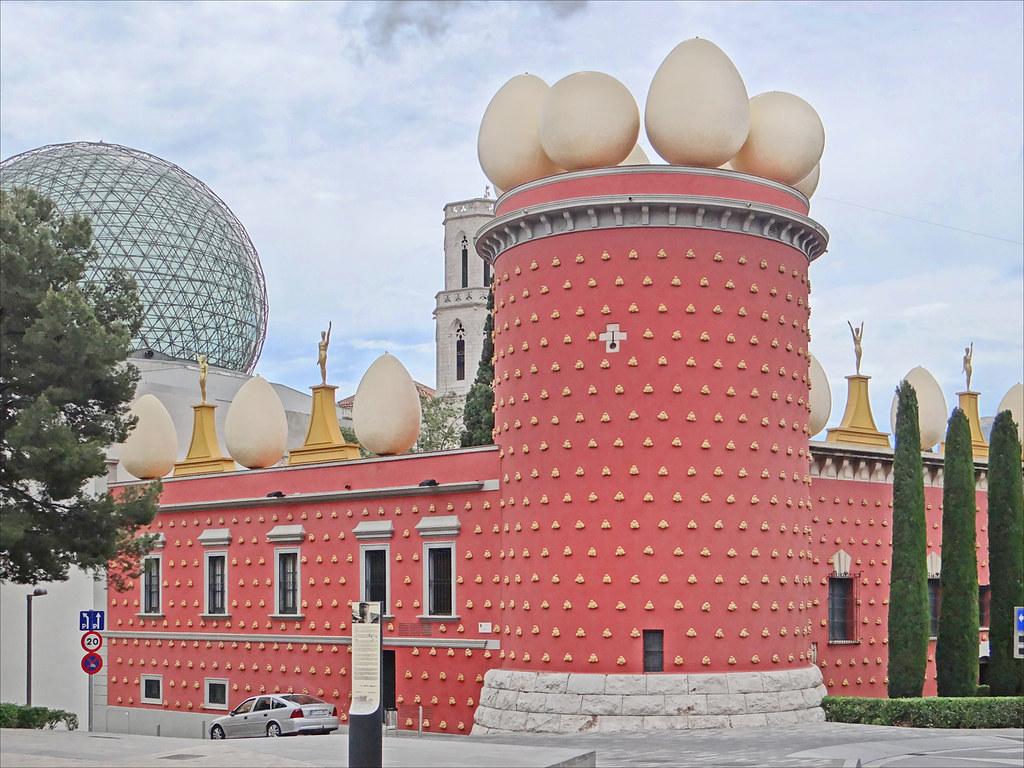 Le théâtre-musée Dali (Figueres, Espagne)