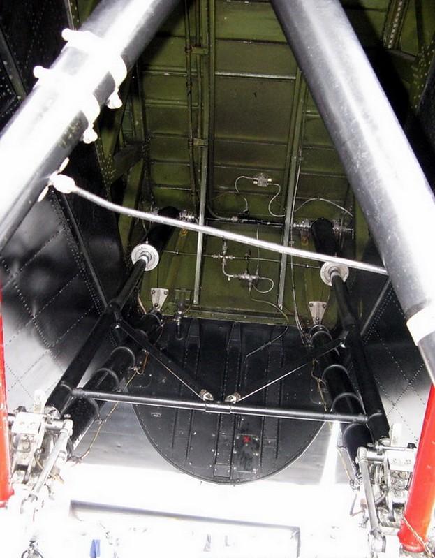 Avro Lancaster B (4)