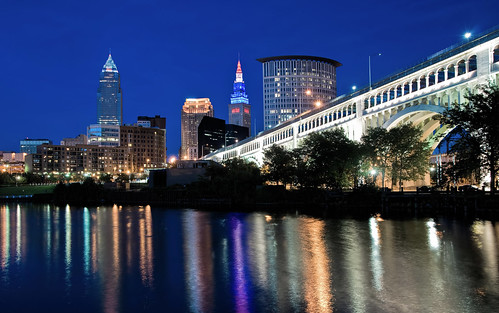 city longexposure blue sky water colors skyline night river nikon colorful cleveland clear bluehour federalbuilding clevelandoh terminaltower keytower nikkor18200mmvr nikond90