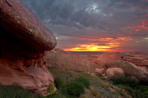 morning light sky sunrise landscape dawn colorado cloudy denver redrocks amphitheater morrison
