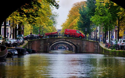 Amsterdam Tourist took pictures in Amsterdam | by Mike Bonitz