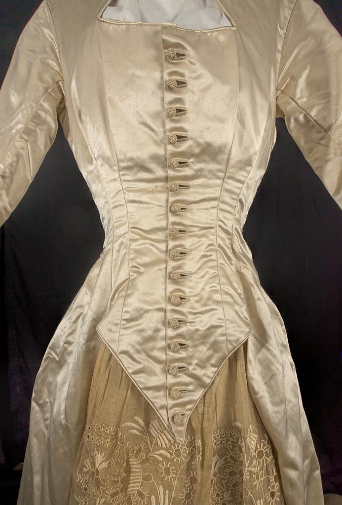 Wedding Dress In Ct.1865 Satin Lace Wedding Dress Cream Satin Wedding Dress Flickr