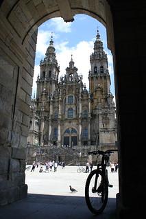 La puerta de Santiago de Compostela
