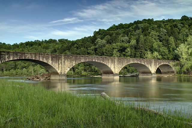 Edward Moss Gatliff Bridge, Cumberland River, Cumberland Falls State Resort Park, McCreary County, Whitley County, Kentucky