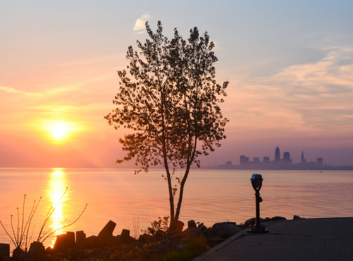 Lakewood Park Sunrise | by EDrost88