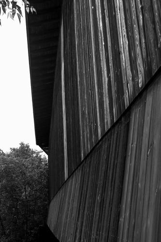 coveredbridge vt wolcott fisherbridge lamoilleriver bostonandmainerailroad stjohnsburylamoillecountyrailroad