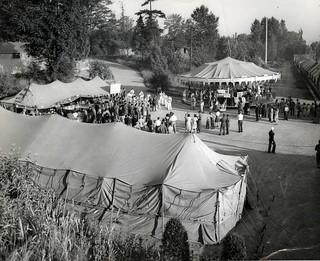Weekend celebration at Jefferson Park Golf Course, 1943