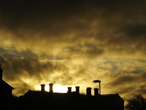 portlandyoi portland dorset portlandprison convictprison youngoffendersinstitue yoi sunrise lowcloud weather
