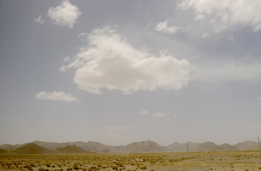 yazd-shiraz-L1030010