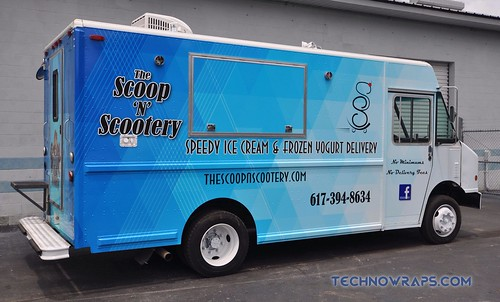 Orlando food truck wrap by TechnoSigns