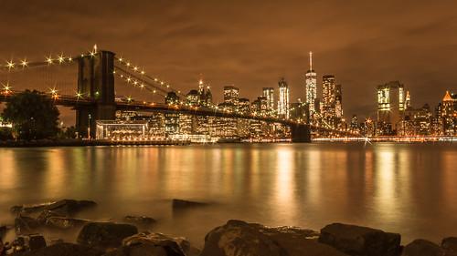 newyork brooklynbridge night nightshot lights streetlight orange reflection manhattan skyline brooklyn