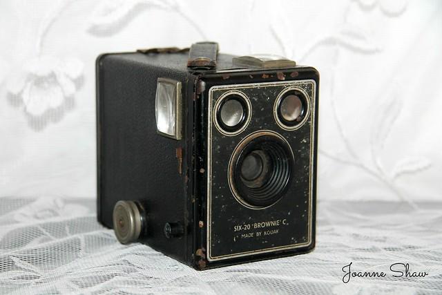 IMG_1932 Box brownie Six-20 C N