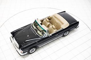 Mercedes-Benz-classic-2