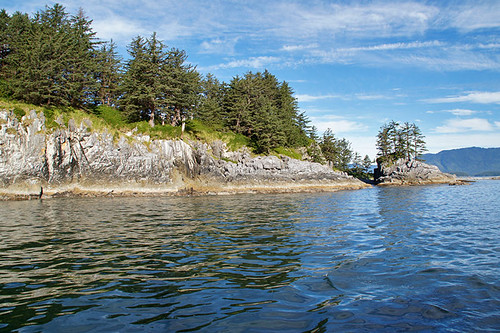 West Coast of Northwest Vancouver Island, between Brooks Peninsula and the First Nation Village of Kyuquot, British Columbia. Photo: Santa Brussouw.