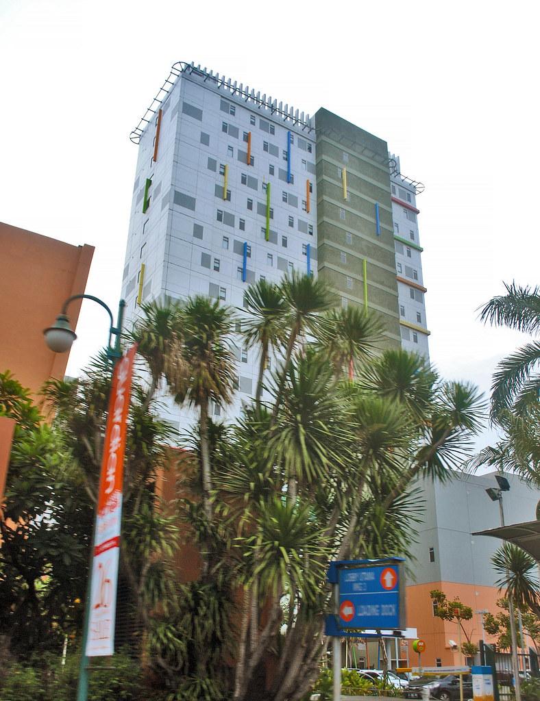 Hotel Pop Kelapa Gading