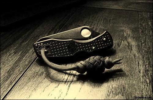 Paracord Herringbone Knot Bead Lanyard/Fob | by Stormdrane