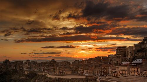 sunset sky clouds enna italia tramonto nuvole dusk cielo sunsetlight soe sicilia crepuscolo centuripe vincega mygearandme