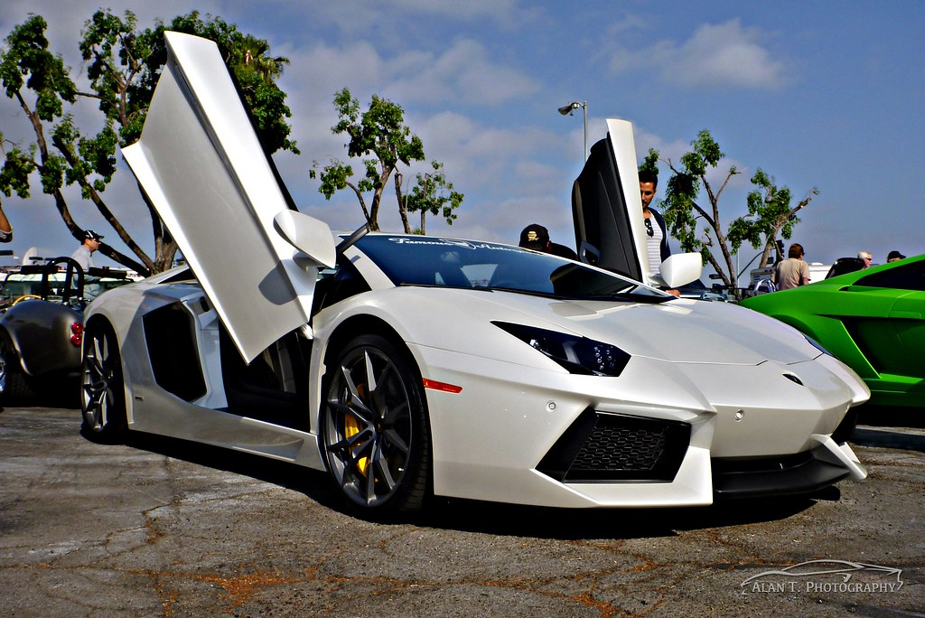 Epic Lamborghini Aventador Doors Up Https Www Youtube Com