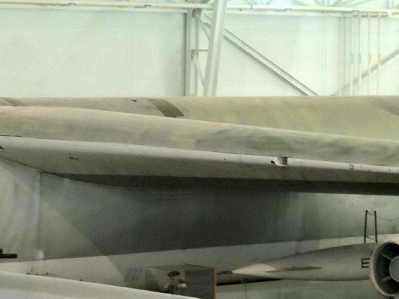 Boeing B-52B Stratofortress (2)