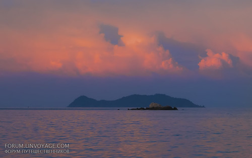 Sunset at Lipe island, Thailandipe | by Phuketian.S