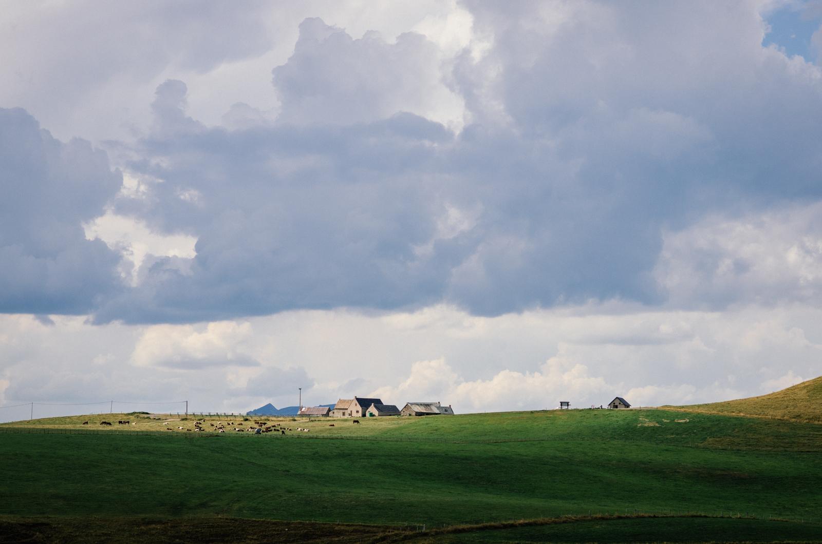 Le hameau de Brion-Le-Haut, au coeur du Cézallier