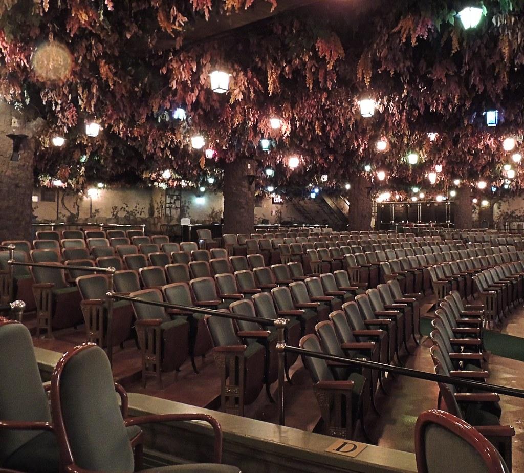 Winter Garden Theatre The Elgin And Winter Garden Theatre Flickr