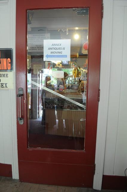 Lyceum Theatre, Door