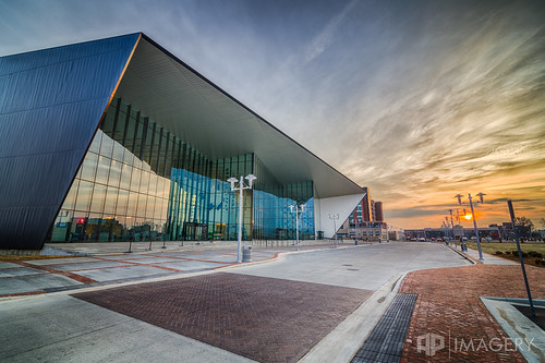 ky kentucky owensboro center convention downtown exterior sunrise