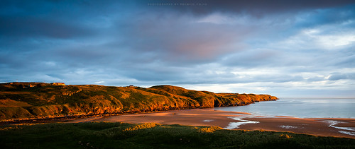 morning firstlight light golden sunrise strathy point melvich sutherland coast coastline shore shoreline northsea scotland uk 2016 summer landscape sea seascape water waterscape sky colours colour color countryside country skyscape rural dslr canon eos 5dmkii fullframe ef1740 wide