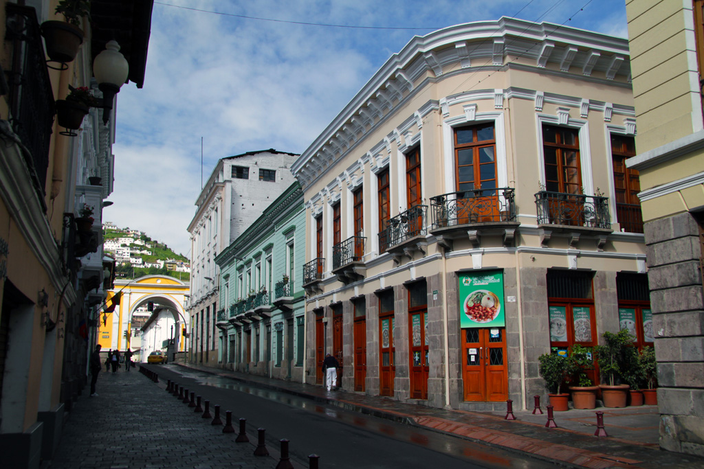 Spanish Colonial Architecture In Quito Streets In The Cent Flickr