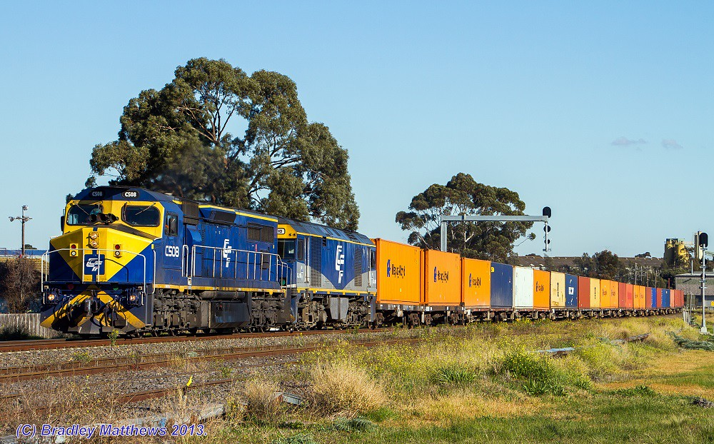 Qube's C508-GL110 with 4MC1 to Harefield/Junee at Albion (10/7/2013) by Bradley Matthews