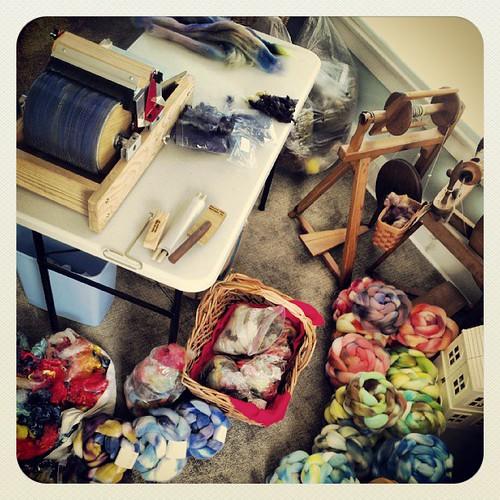 #carding #handdyed  #wool | by gwen.erin