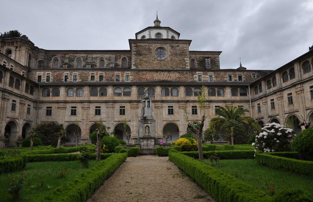 Samos Lugo Monasterio De San Julian Claustro Grande Flickr