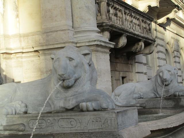 Lions, the Fontana dell'Acqua Felice