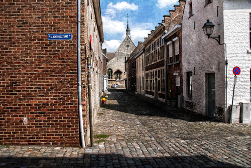 Pictures Of A City, Tongeren