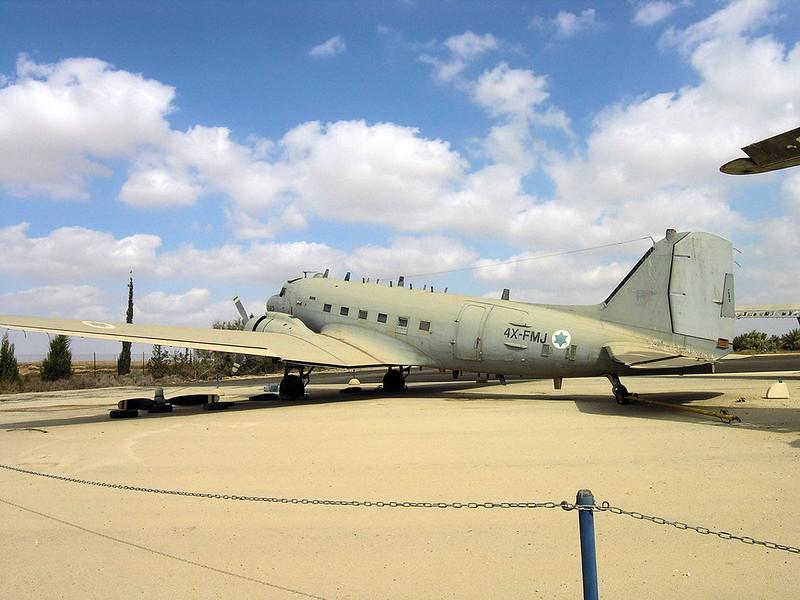 C-47B Dakota (2)
