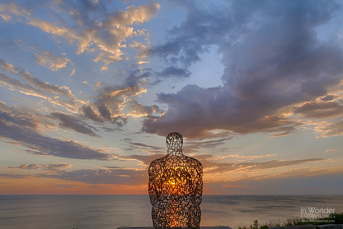 sky sculpture wisconsin clouds sunrise outdoors dawn nikon lakemichigan shorewood landscpe juameplensa atwaterpark markadsit spilloverii