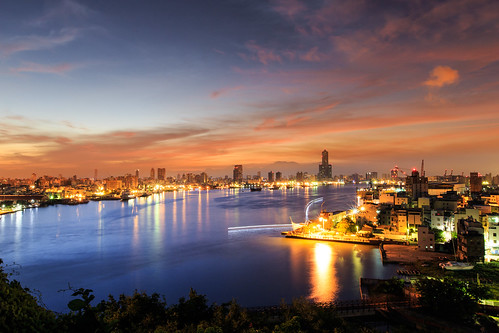 night sunrise kaohsiung 6d 晨曦 日出 海港城 85大樓 高雄市 高雄港 星芒 ef1635mm 旗後燈塔 晨彩 船軌