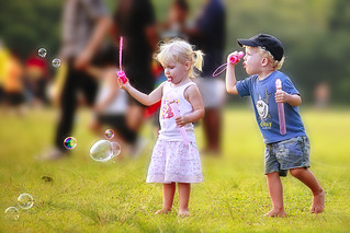 children | by Kenny Teo (zoompict)