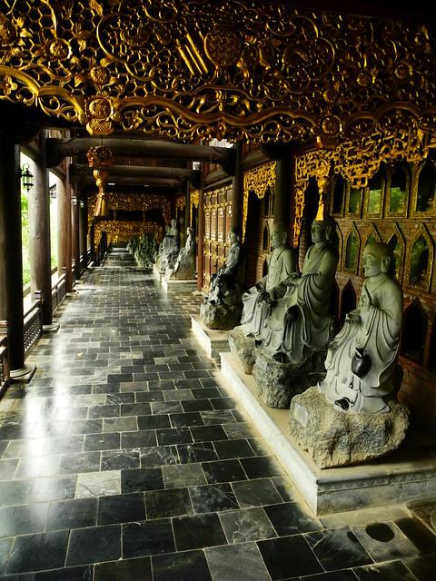 Pasillo de Chua Bai Dinh