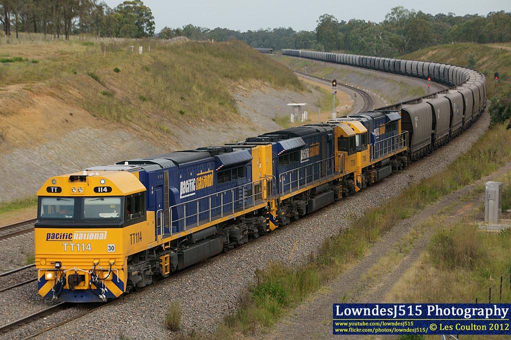 TT114, TT110 & TT108 at Minimbah by LowndesJ515
